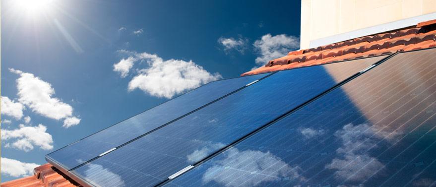 pannelli fotovoltaici installati sui tetti