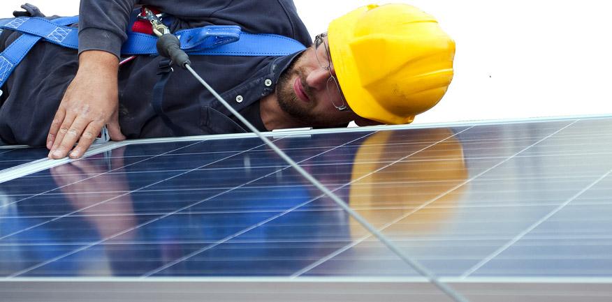 consumo medio di energia dato dalle dimensioni del pannello fotovoltaico